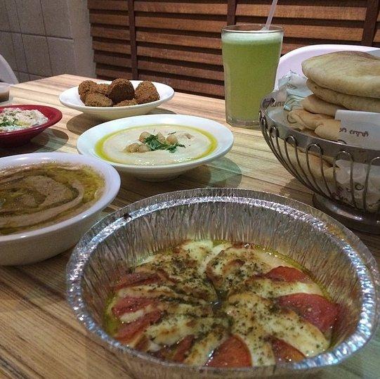 مطعم حمص ريفي الاسعار المنيو الموقع مطاعم جدة