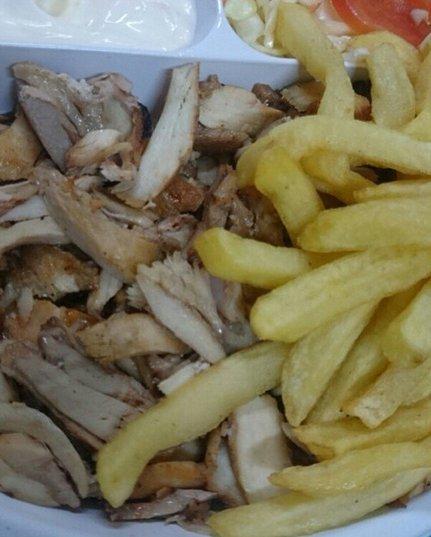 مطعم شاورما السنديان