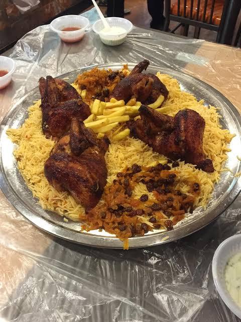 مطاعم كورنيش جدة الشعبية