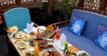 مطعم قمرية في جده